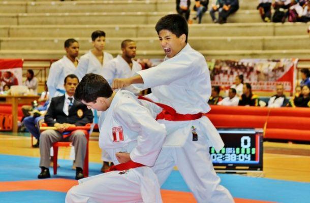 Equipo peruano de Karate regresa a casa con 17 medallas