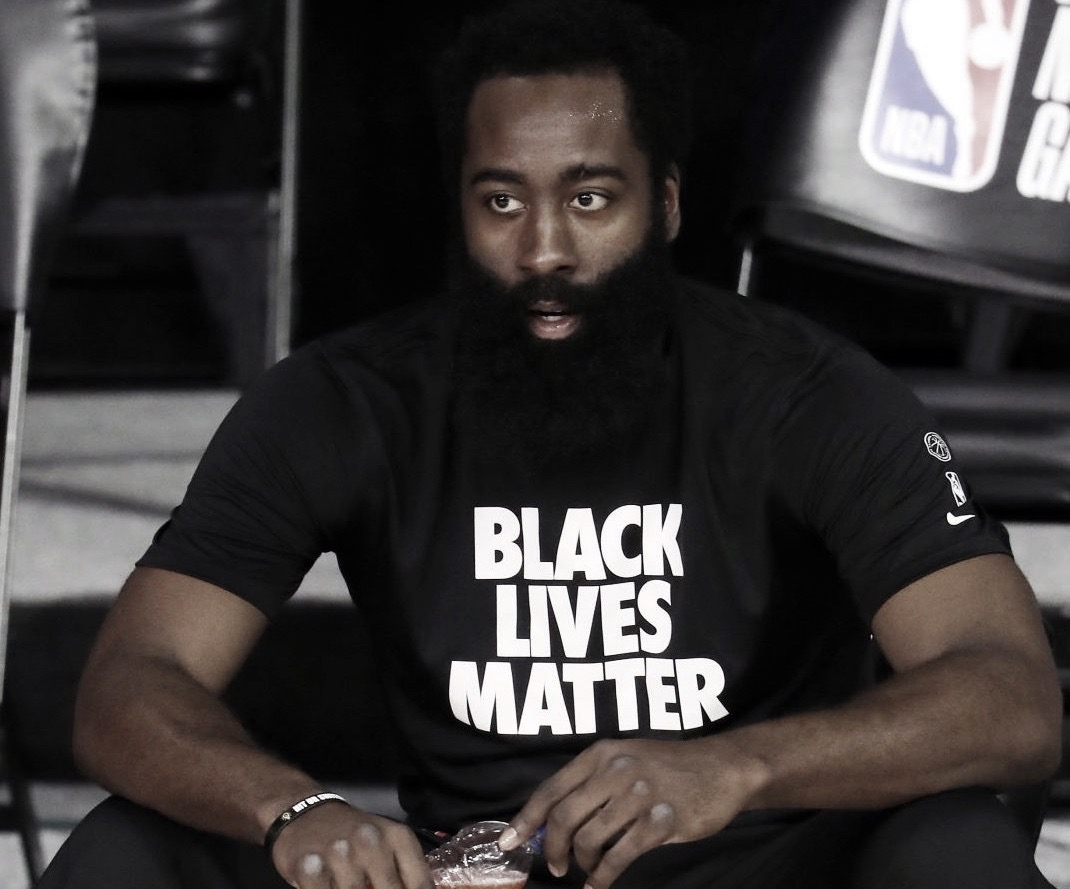 Harden Surpasses Robinson; Becomes All-Time Scoring Leader For A Left Handed Player