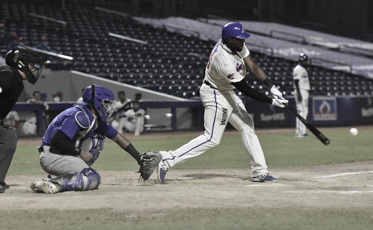 El dominicano Audy Ciriaco se destacó en el juego de este lunes Foto: LPB COL