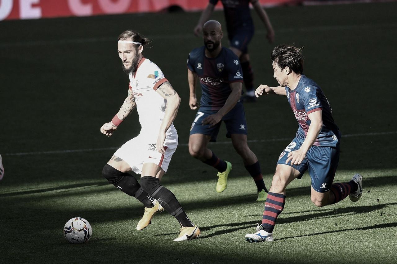 Munir y Bounou salvan al Sevilla contra el Huesca