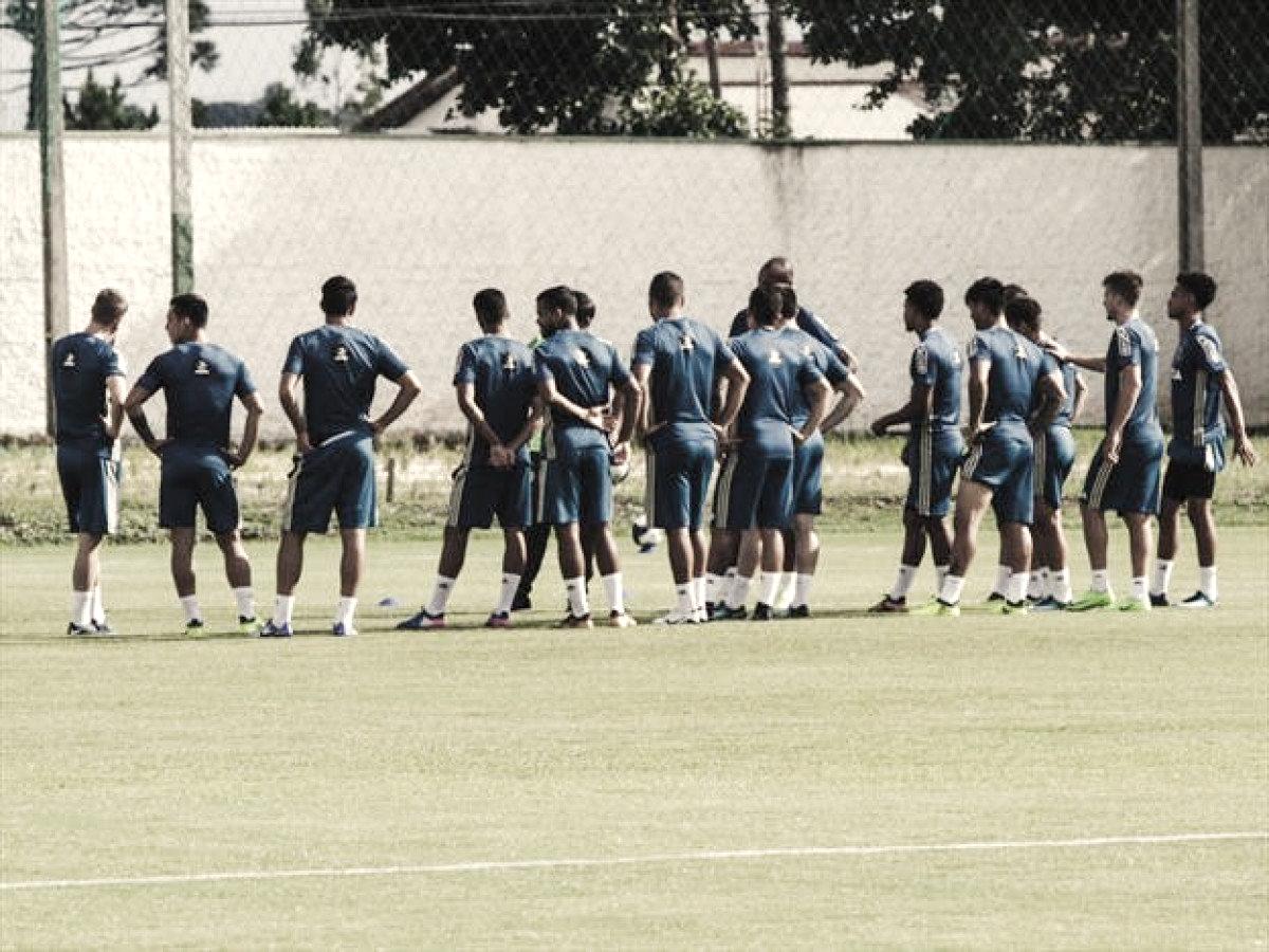 Depois de ser goleado pelo Maringá, Sandro Forner promete retorno de titulares do Coritiba