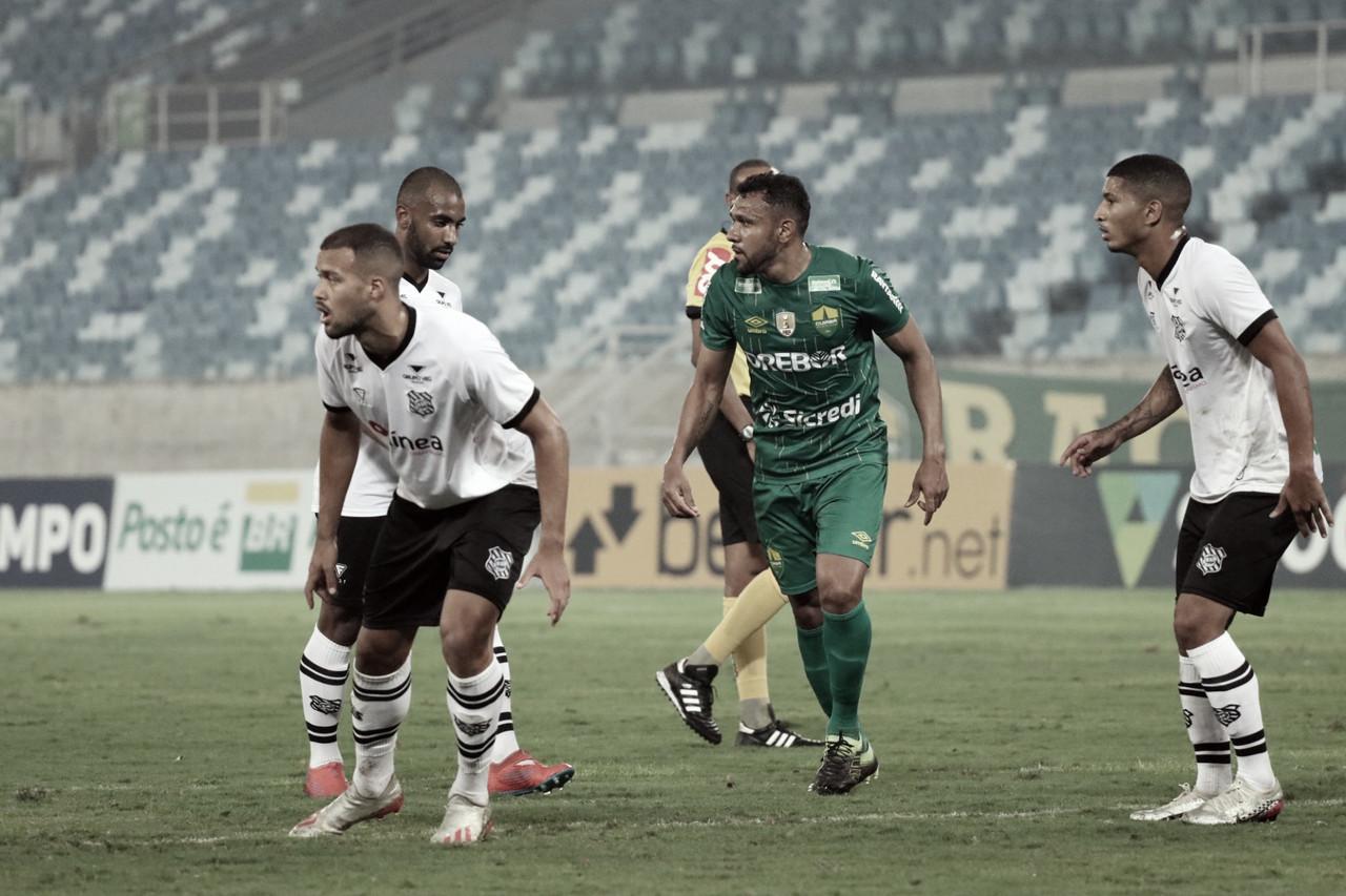 Com gol mal anulado no fim, Figueirense não sai do empate contra Cuiabá