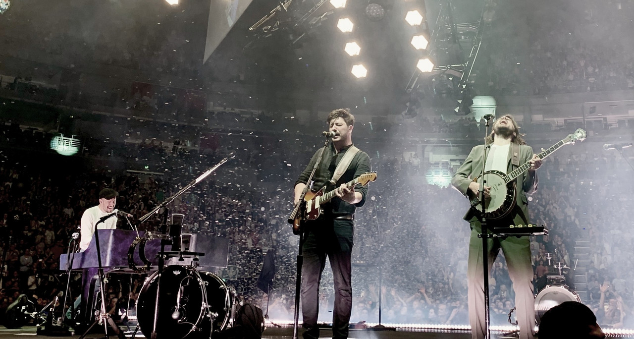 Mumford and Sons hace saltar al Lanxess Arena de Colonia