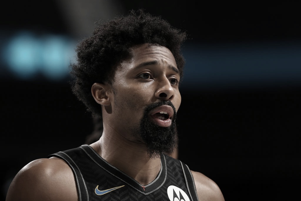 Dinwiddie Suffers Partially Torn ACL