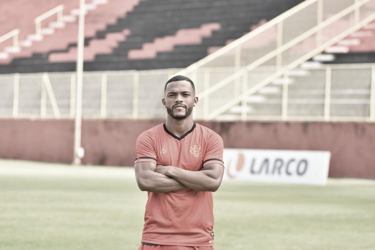 De volta ao futebol brasileiro, Paulo Victor destaca rápida adaptação ao Vitória