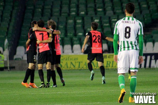 Fotos e imágenes del Betis 3-4 Almería, ida de los dieciseisavos de final de la Copa del Rey
