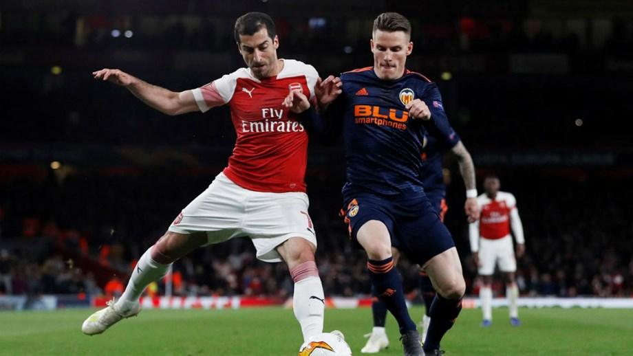 Valência e Arsenal jogam a segunda-mão das meias-finais da LE