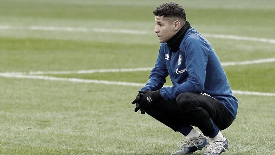 Prevendo melhoras da pandemia de Covid-19 na Alemanha, Schalke 04 volta aos treinos