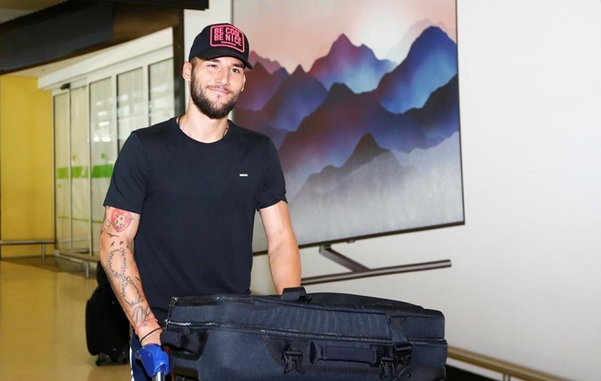 """Nemanja Gudelj já está em Lisboa e revela: """"Quero ser campeão"""""""