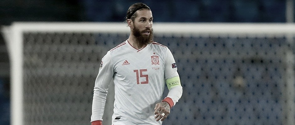 Ramosfalla dos penaltis en un mismo partido con la Selección Española