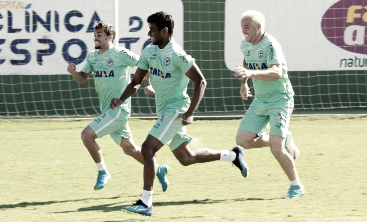 Goiás e Oeste se enfrentam buscando reabilitação na Série B