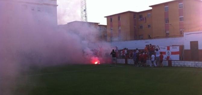 Violentos incidentes en el campo tras el UD Roteña-Sevilla