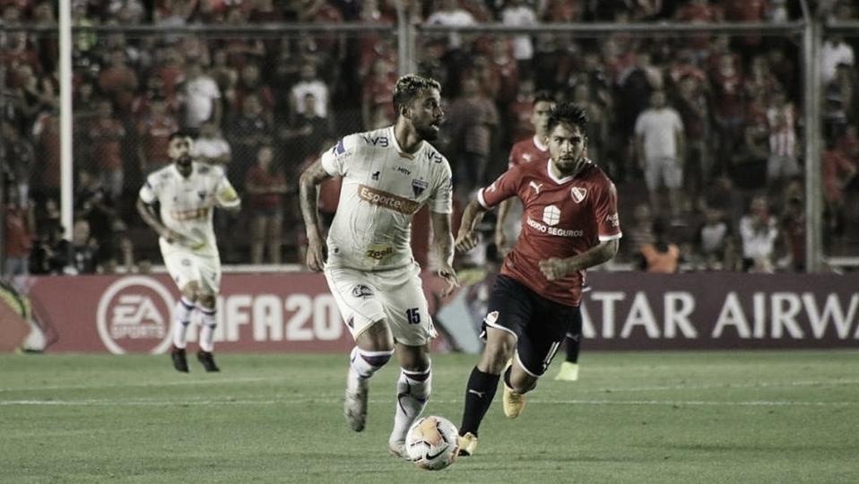 Na Argentina, Fortaleza perde chances e é derrotado pelo Independiente na Sul-Americana