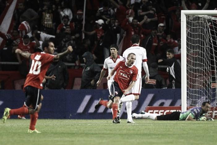 Independiente le ganó sobre la hora a Huracán — Sigue endiablado