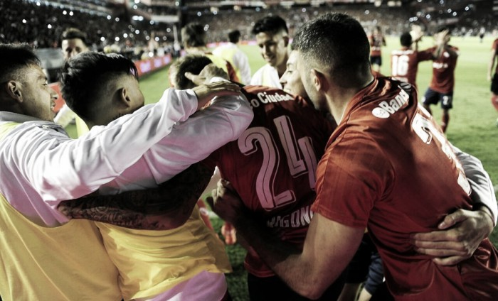 Independiente superó por penales a Deportivo Camioneros