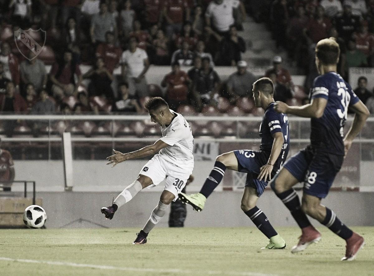 Em noite inesquecível, Atlético Tucumán vence Independiente com gols de Guillermo Acosta