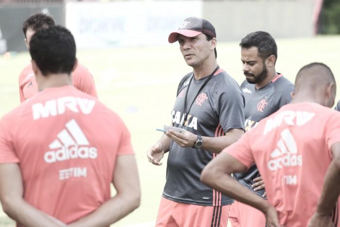 """Zé Ricardo mantém confiança no título do Brasileirão: """"Não podemos jogar por terra"""""""