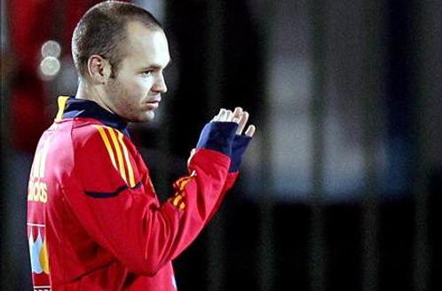 """Iniesta: """"El único pensamiento que tengo es que España levante el título"""""""