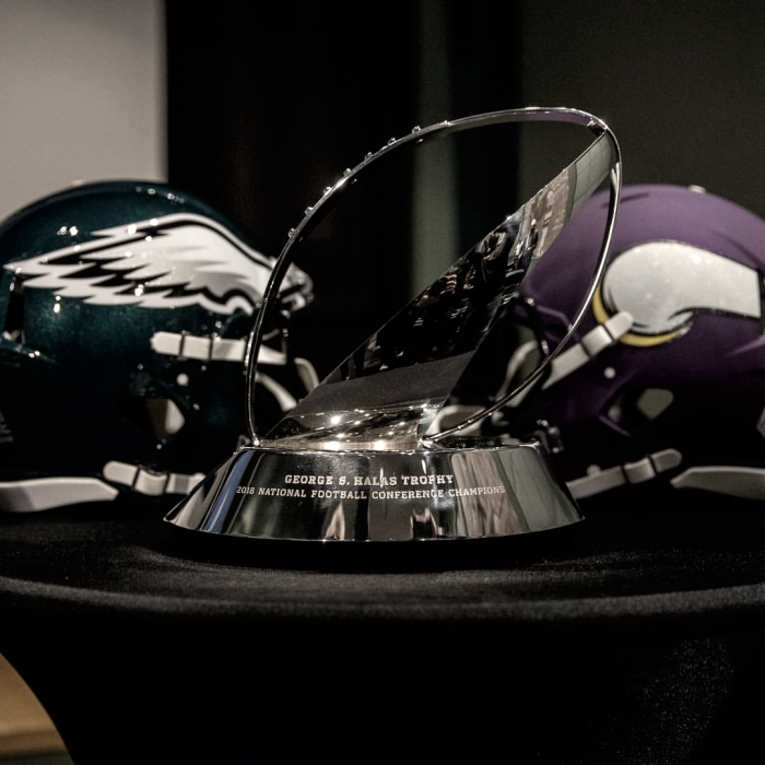 Los Eagles dominan a los Vikings y jugarán la Super Bowl