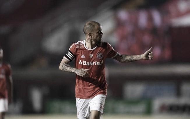 Internacional eBoca Juniorsprotagonizam primeiro confronto na Libertadores