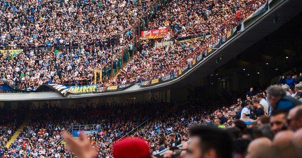 Inter - Quasi 140.000 tifosi tra Barcellona e Genoa
