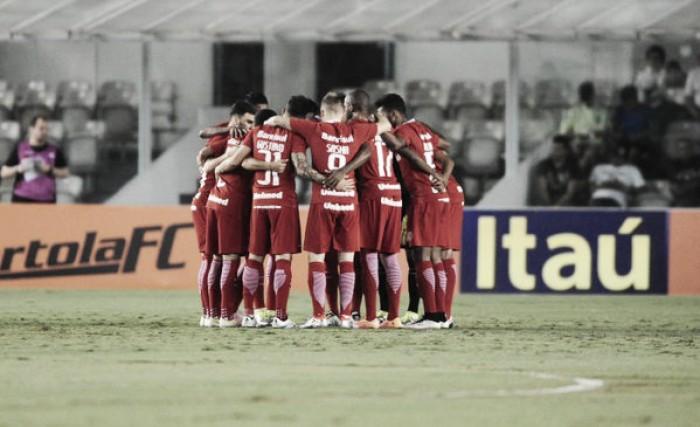 """Argel avalia vitória na Vila Belmiro: """"Não fizemos mais do que a nossa obrigação"""""""