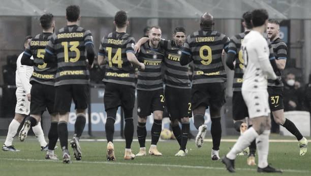 Lukaku marca dois em goleada da Internazionale sobre Benevento