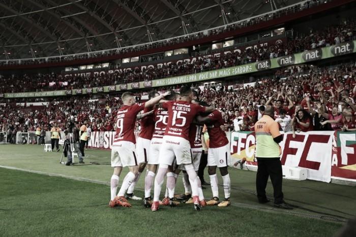 Mesmo com expulsão, Inter vence Brasil de Pelotas e mantém ponta isolada na Série B