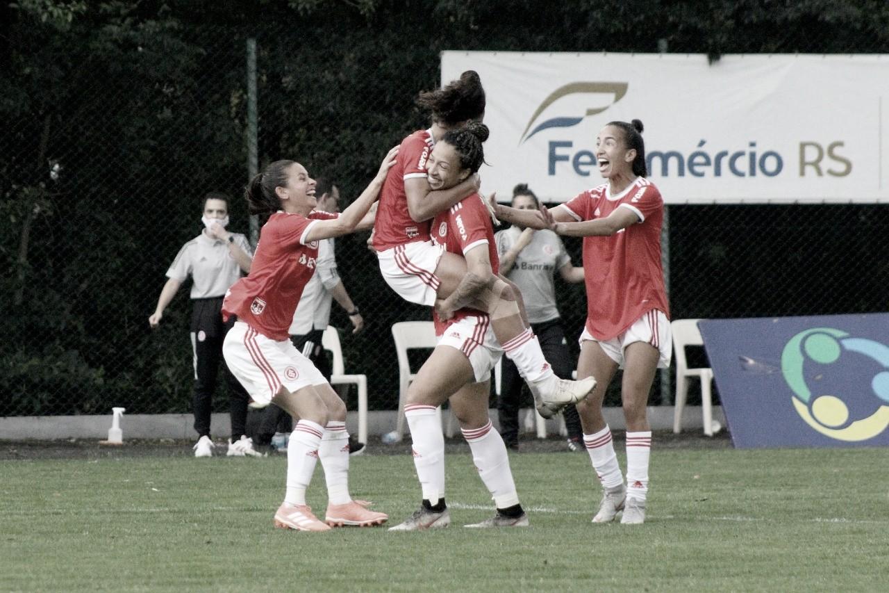 Internacional goleia Cruzeiro pelo Brasileirão Feminino