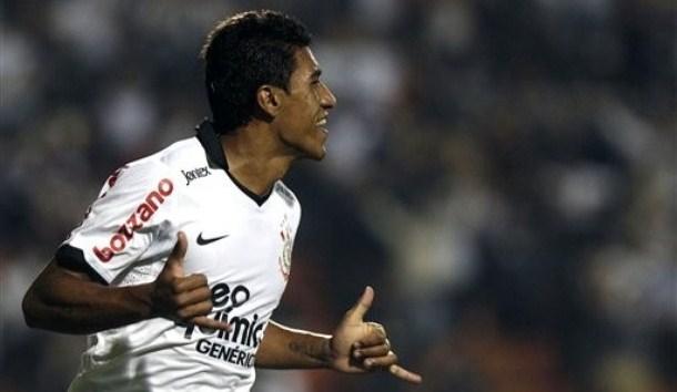 Paulinho, un tuttofare per la mediana dell'Inter
