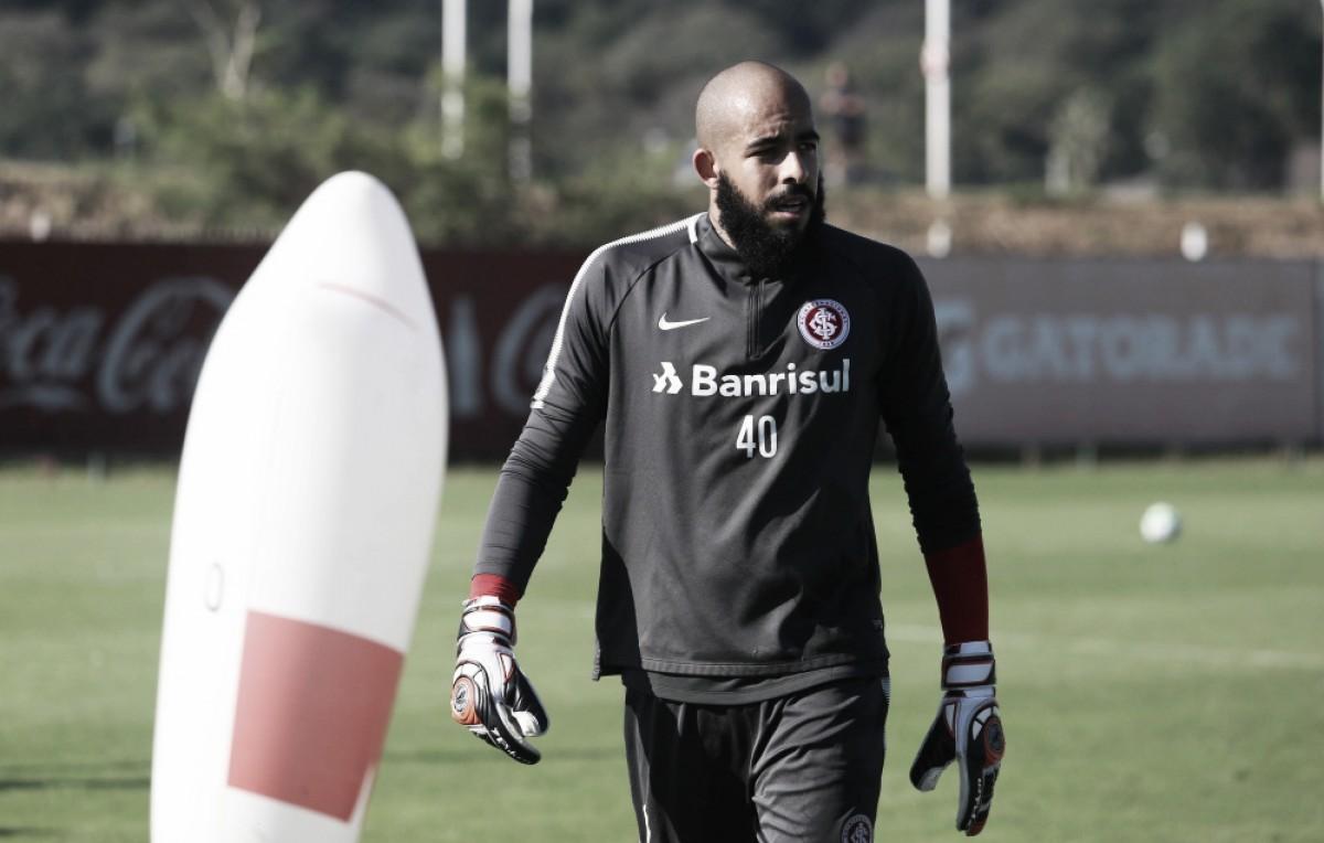 """Danilo Fernandes estipula meta no Internacional até Copa do Mundo: """"Precisamos estar entre os dez"""""""