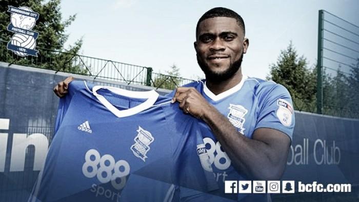 Chelsea confirma empréstimo do jovem meia Jeremy Boga para Birmingham