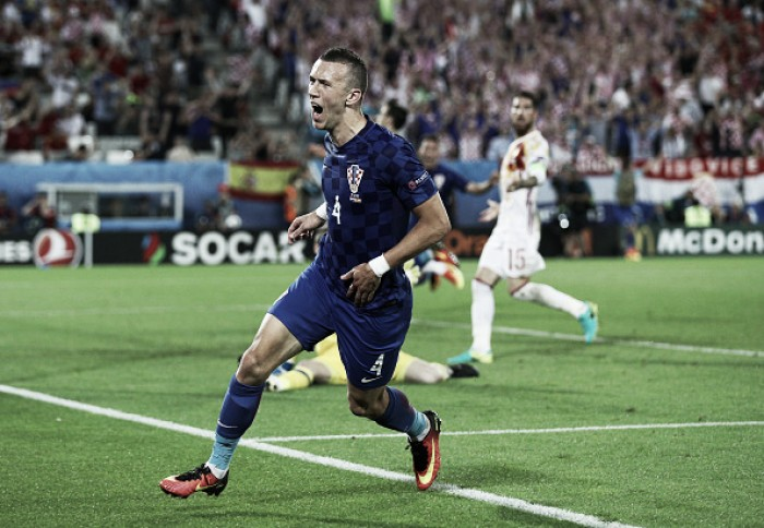 Croatia 2-1 Spain: Confident Croatia stun Spain to top group