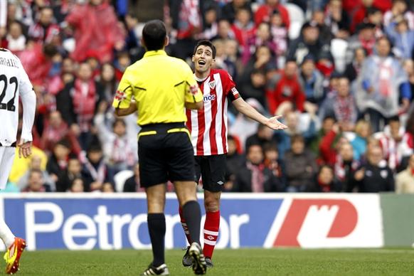 Iraola fue expulsado por primera vez en toda su carrera