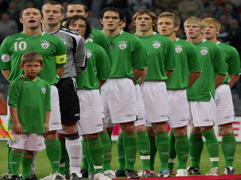 Trapattoni anuncia el once del primer partido