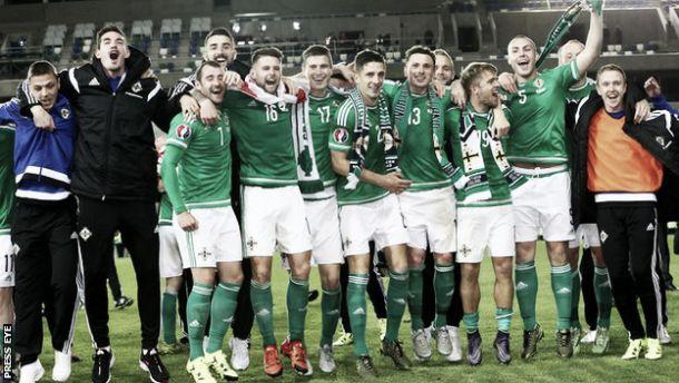 Irlanda do Norte festeja feito histórico de participar num Europeu