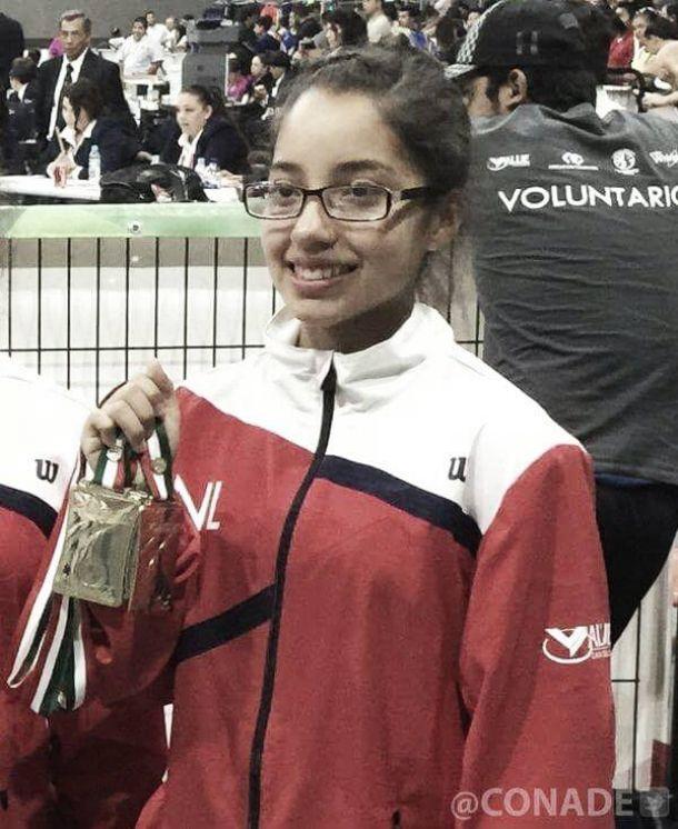 En Olimpiada Nacional, Irene Borrego se lleva tres medallas en halterofilia