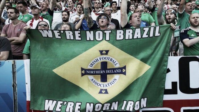 """""""Não somos o Brasil"""": bandeira em jogo da Irlanda do Norte recorda música"""