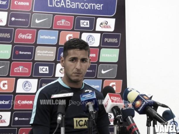 Ismael Sosa estará tres años más con Pumas