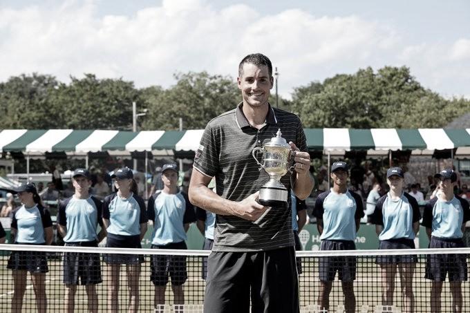 Isner vence Bublik e garante quarto título do ATP 250 de Newport