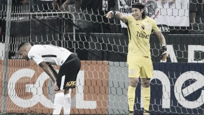 """Cássio elogia atuação do Corinthians após vitória sobre Coritiba: """"O time foi sólido"""""""