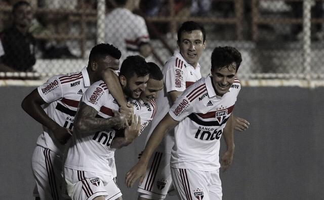 Com gol de Liziero, São Paulo derrota Ituano e se classifica para semifinais do Paulistão