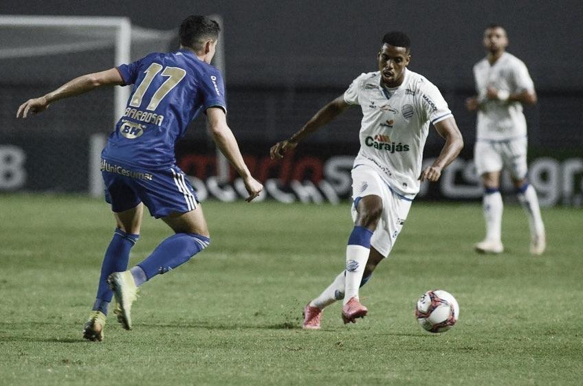 Iury Castilho comenta titularidade e projeções do CSA nas próximas rodadas da Série B