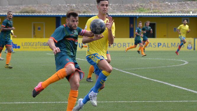 El Algeciras CF se coloca líder en solitario antes del parón