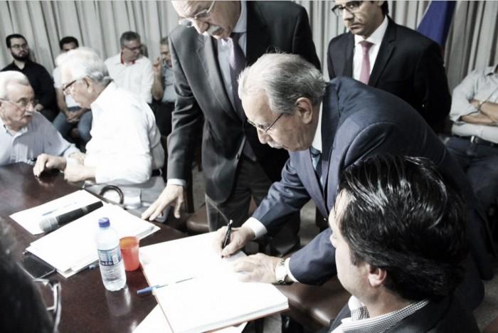 Após afastamento de titular, Ivan Brondi é empossado como novo presidente do Náutico