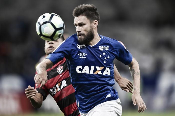 Após empate com o Vitória, Rafael Sóbis desmaia no vestiário do Cruzeiro