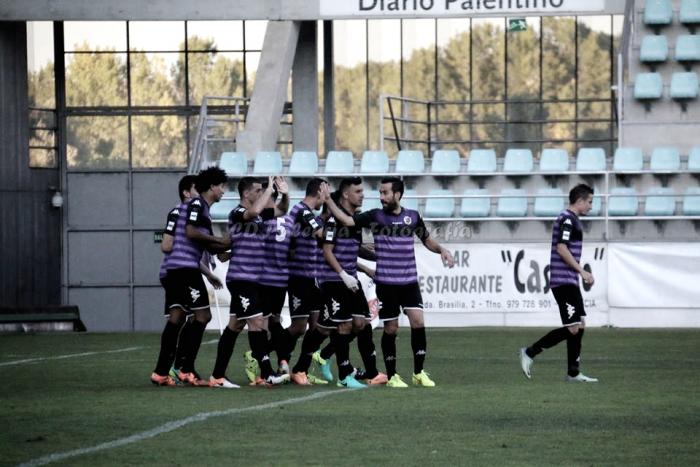Dos goles por primera vez para el Palencia