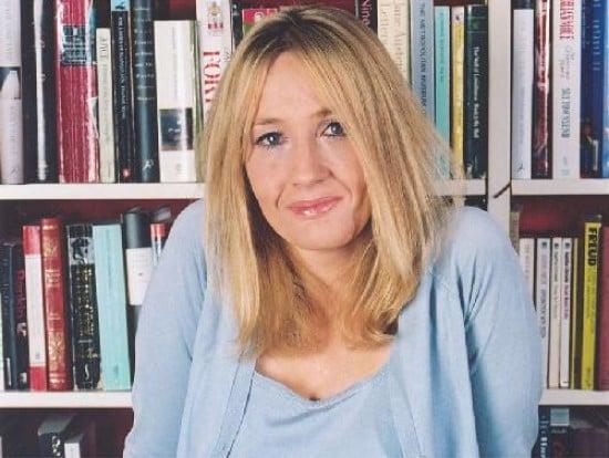 J.K. Rowling carga la varita con una nueva publicación