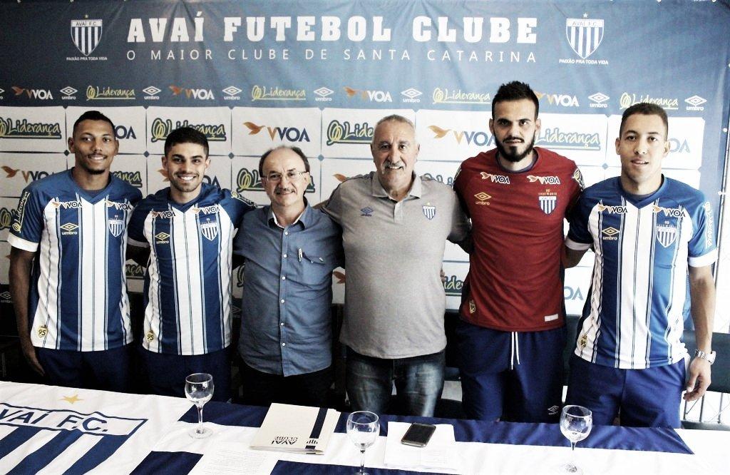 Avaí apresenta quatro reforços para a temporada