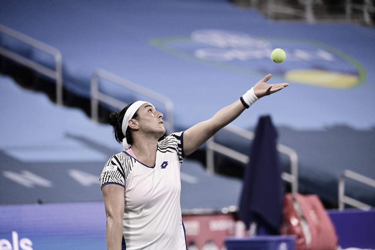 Jabeur não dá chances e elimina atual campeã Keys do WTA de Cincinnati